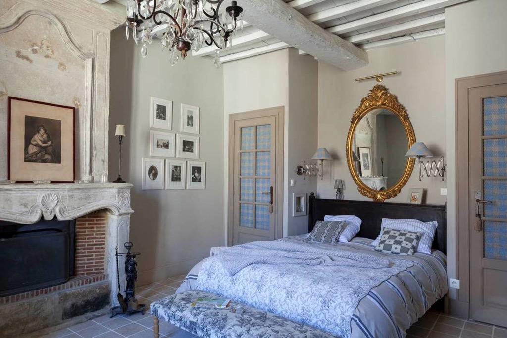 chambre florence maisons d 39 h tes uz s. Black Bedroom Furniture Sets. Home Design Ideas